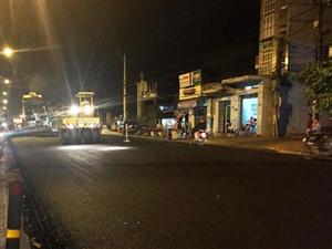 Tiến độ thảm BTN gói 04 và đặt dầm cầu vượt Quốc lộ 19 đoạn qua tỉnh Bình Định.