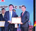 Công ty Hoàng Sơn vinh dự nhận bằng khen của Chủ tịch UBND tỉnh Hòa Bình.