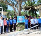 Đoàn thanh niên công ty Hoàng Sơn xây dựng khu vui chơi trẻ em.